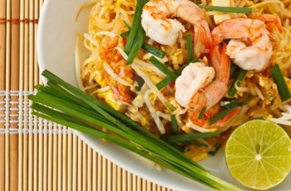 Let's Eat Ruen Thai