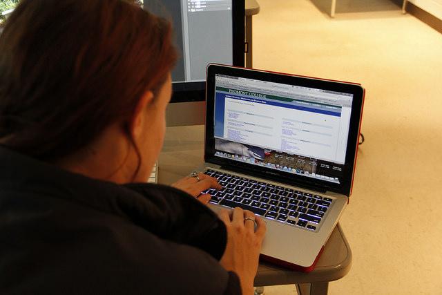 Online+Registration+Arrives+at+PC