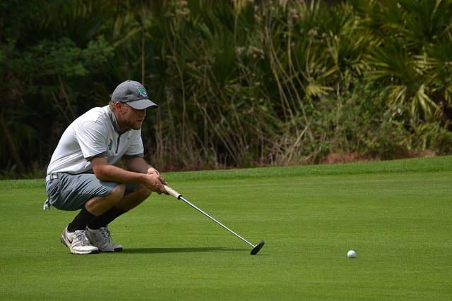 Men%E2%80%99s+golf+improves+on+road