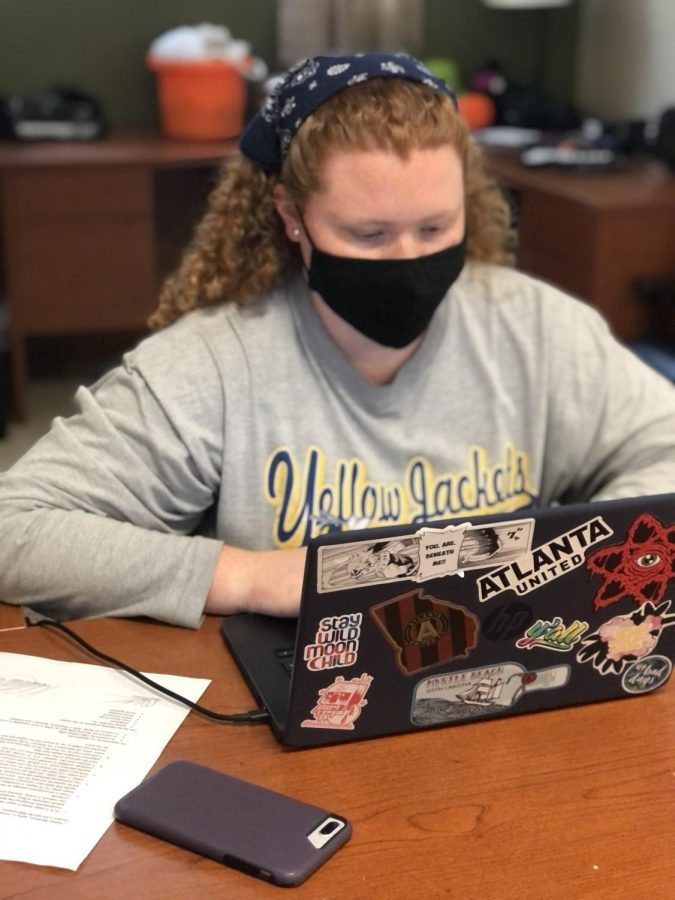 Savannah Richards knocking out multiple assignments to get one step closer to graduating // PHOTO Cameron Graham